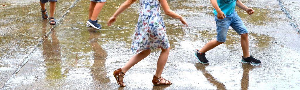 Sommerregen im August bei 32°C.